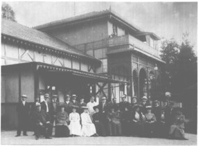 The former Albert Theatre around 1908